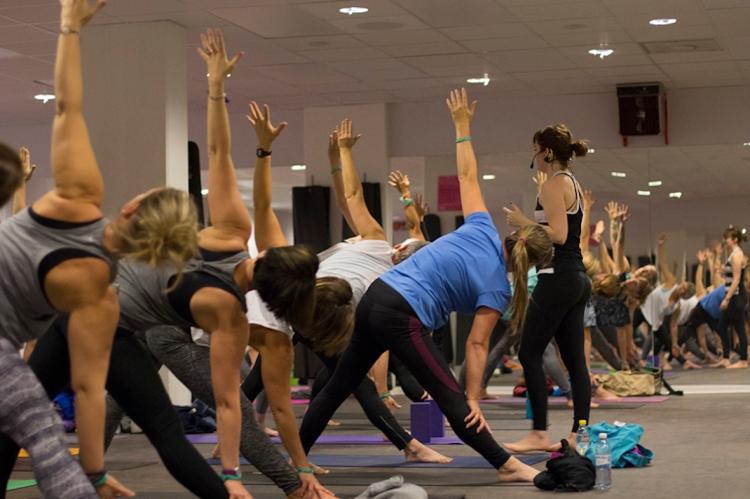 Yogaklass